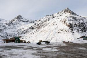 Det er nemt at finde en parkeringsplads i Sportgastein // Foto: Troels Kjems
