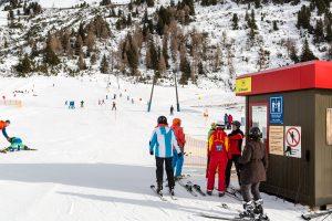 """Den lille """"Übungslift"""" i den østlige del af Obertauern giver nybegyndere en nem start på livet som skiløber."""