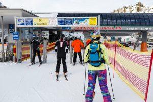 Om morgenen er Grünwaldkopfbahn det naturlige startpunkt for mange af Obertauerns skiløbere.