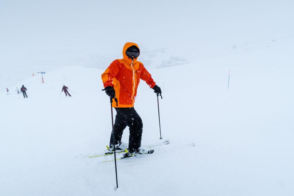 Hold varmen på en kold skidag