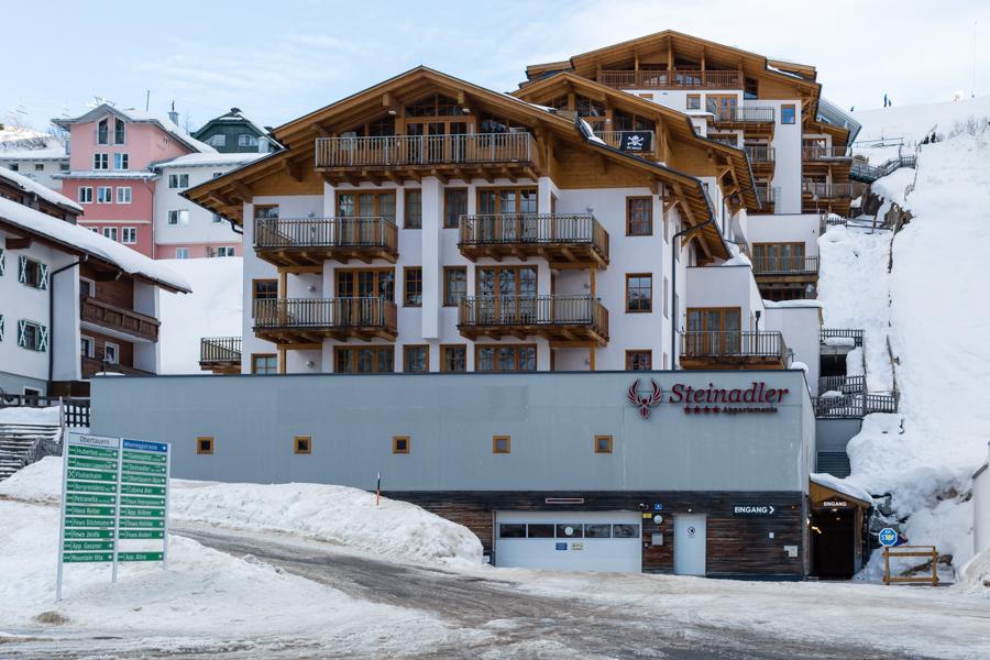 Steinadler Apartments er 35 lækre 4-stjernede lejligheder, som ligger i den vestlige udkant af Obertauern.
