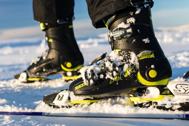 Test: Roces 6-i-1 justerbare skistøvler til børn
