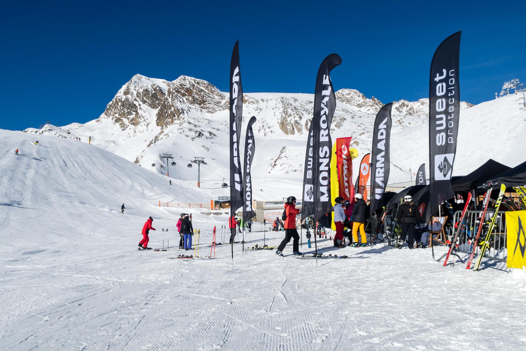 """Snowcampen ligger """"ski-in/ski-out"""" fra Tiefenbachgletsjerens piste 38 // Foto: Troels Kjems"""