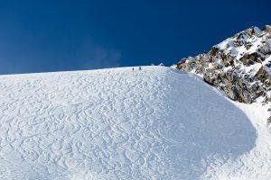 Offpiste skiløb ved siden af stoleliften E65 Seiterkar i Sölden, Østrig.