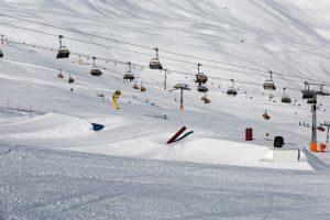 Snowpark i Sölden ved siden af stolelifterne C34 Hainbachkar og C35 Silberbrünnl.