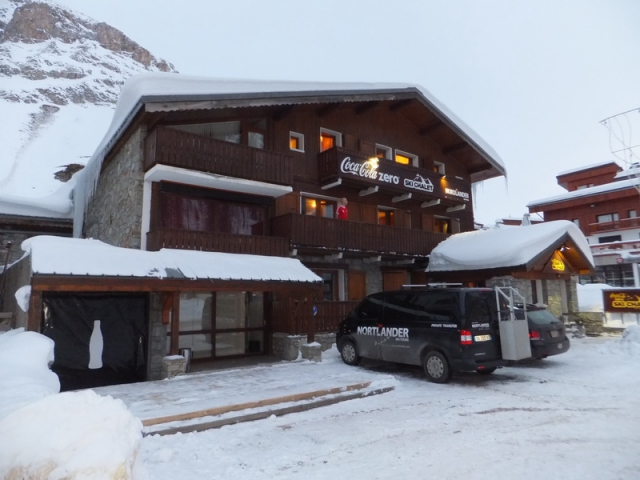 Val d Isere Hotel Coca Cola Zero Ski Chalet
